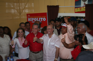 HM juramenta peledeístas y reformistas en Villa Algracia