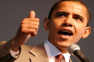 Obama devuelve los ataques a Romney con metáforas deportivas