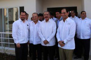 Presidente Medina asiste a inauguración primera etapa Ciudad Las Cayenas