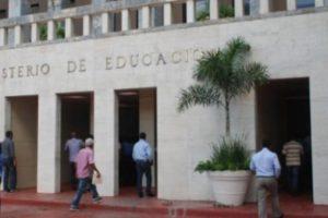 Una estafa que le costó RD$47 millones al Ministerio de Educación