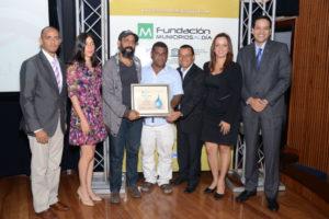"""Cortometraje """"Lágrimas"""" logra primer lugar en Festival del Minuto Agua"""