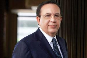 Presidente confirma gobernador del Banco Central y superintendente de Bancos