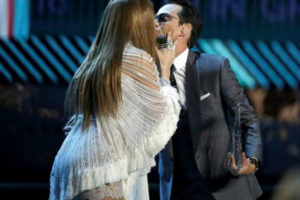 JLO y Marc Anthony se salen del guion en los Latin Grammy