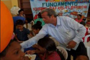 Fundamento ofrece almuerzo a 240 pequeñines de escasos recursos por motivo de Navidad
