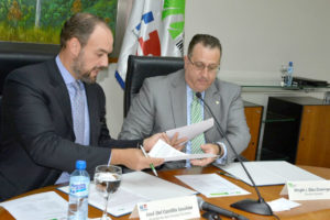 DGII e Indotel firman acuerdo para facilitar recaudación fiscal en sector telecomunicaciones