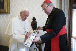 Jefe de finanzas del Vaticano acusado de abuso sexual contra niños