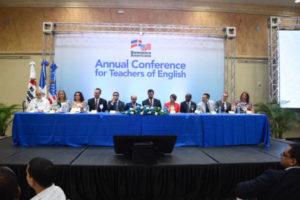 La Embajada de los EE.UU. y el Instituto Cultural Domínico-Americano celebran Conferencia Anual de Profesores de Inglés