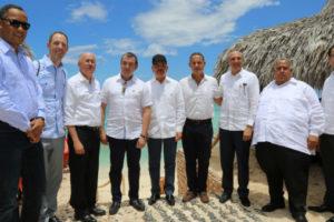 Presidente Medina vuelve a Bahía de las Águilas para atraer inversión