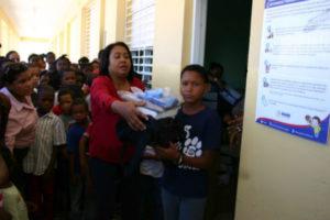 Inabie inicia entrega de 750 mil kists escolares a estudiantes de escuelas públicas