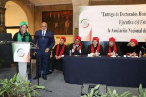 Presidenta del Círculo de Locutores Dominicanos recibe doctorado Honoris Causa en Universidad de México