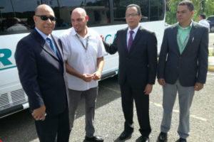 Por un costo de más RD$8 millones Promese/CAL adquiere dos camiones y un autobús para Regional del Cibao