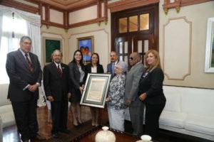 Presidente Medina recibe visita de directivos del Círculo de Locutores Dominicanos