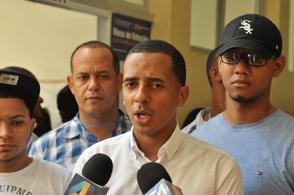 Piden un año de prisión preventiva contra Yimi Zapata y grupo que habría estafado a estudiantes