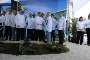 Más empleos y desarrollo del turismo en el Este: Danilo asiste a primer palazo Hotel Ocean El Faro
