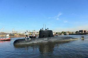 """Armada argentina: el submarino desaparecido está en fase """"crítica"""" de oxígeno"""