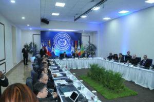 Tras más de cinco horas la oposición y el gobierno de Venezuela mantienen el diálogo