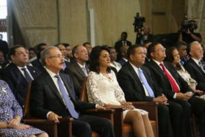 Presidente Medina participa en misa solemne en la Basílica
