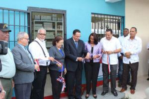 Promese/CAL inaugura Farmacia del Pueblo en la provincia Peravia